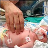 Официальные пытки новорождённых